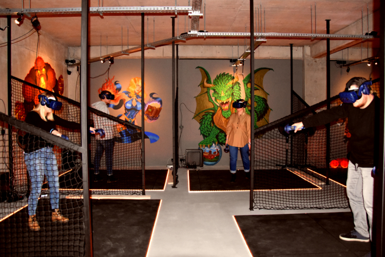 Virtual Reality Park 83