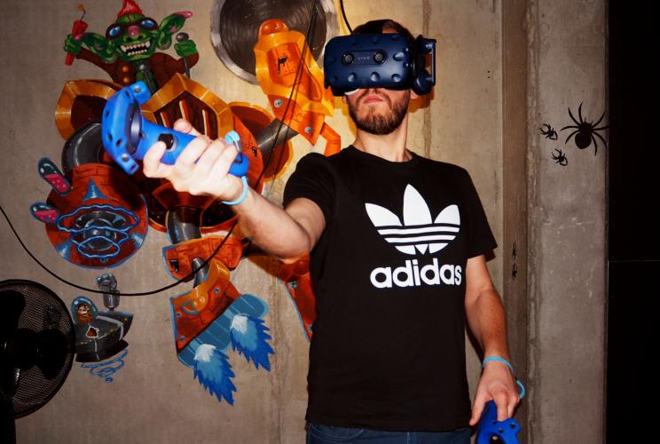 Virtual Reality Park 90